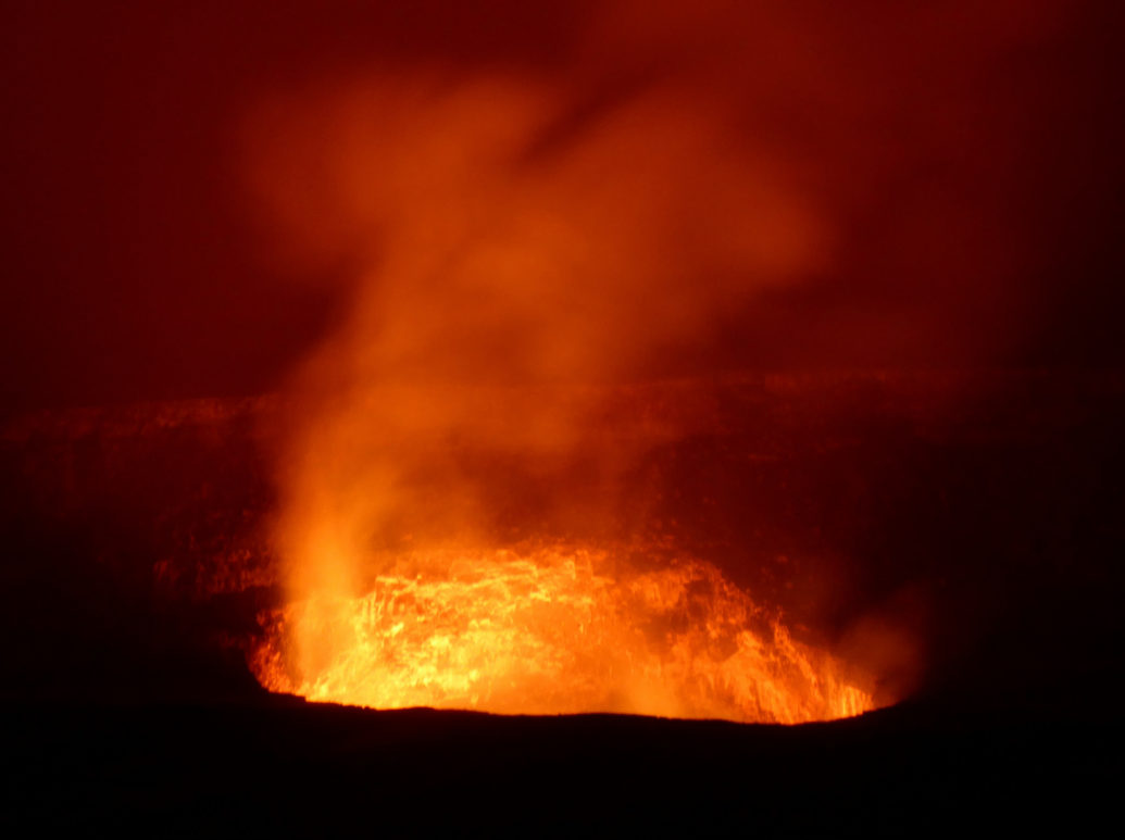 Kilauea Volcano at Night by Gael Varoquaux (Flickr)