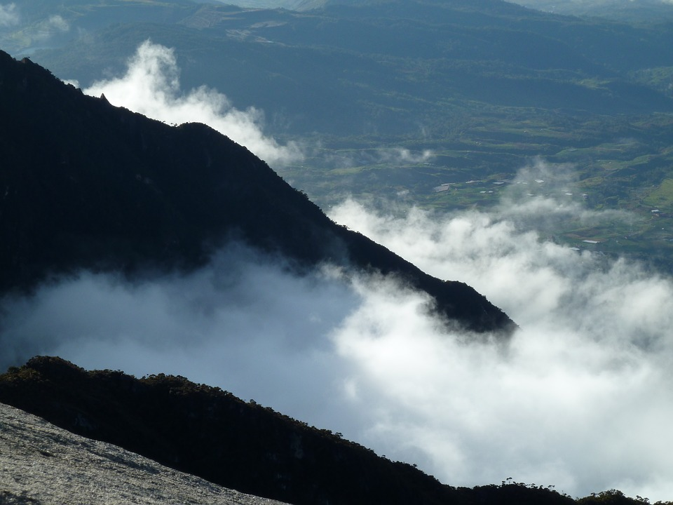 Mountain Kinabalu Clouds